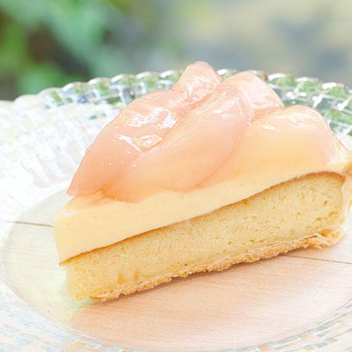 【7月おすすめケーキ】みずみずしい白桃のタルト